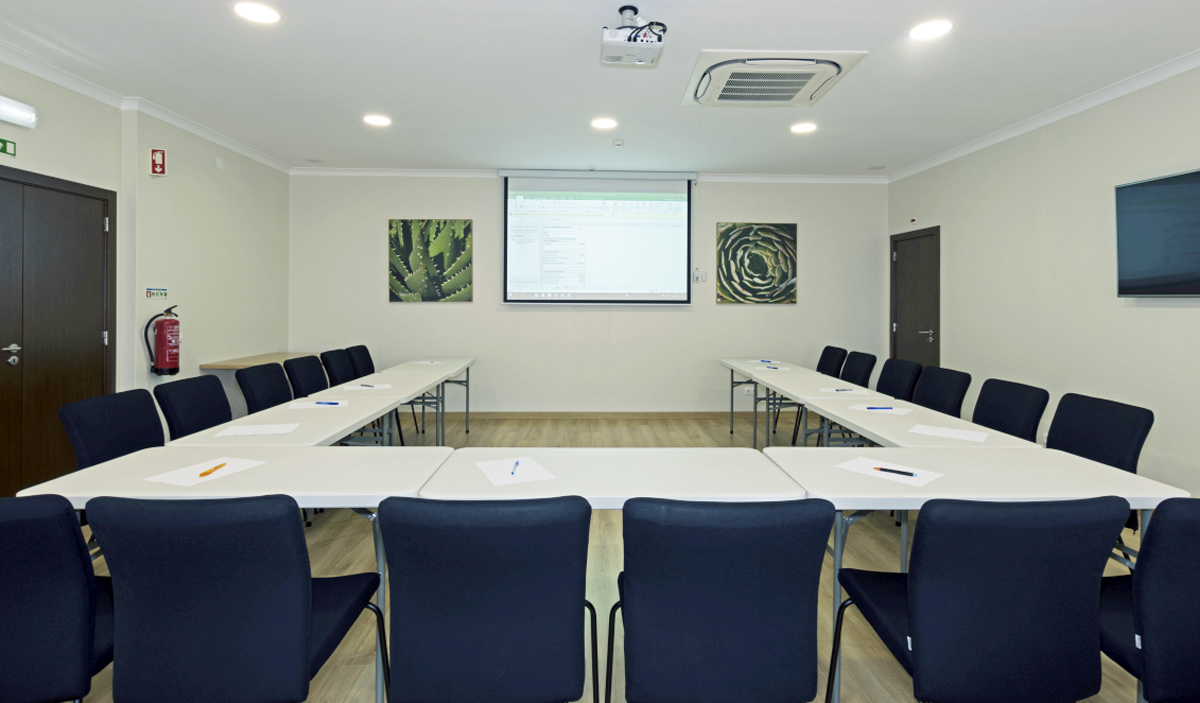Rocha Brava resort holiday Meeting and conference room
